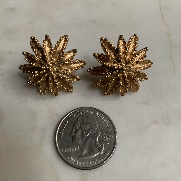 Vintage Jewelry - Vintage Textured Star Burst Stud Earrings